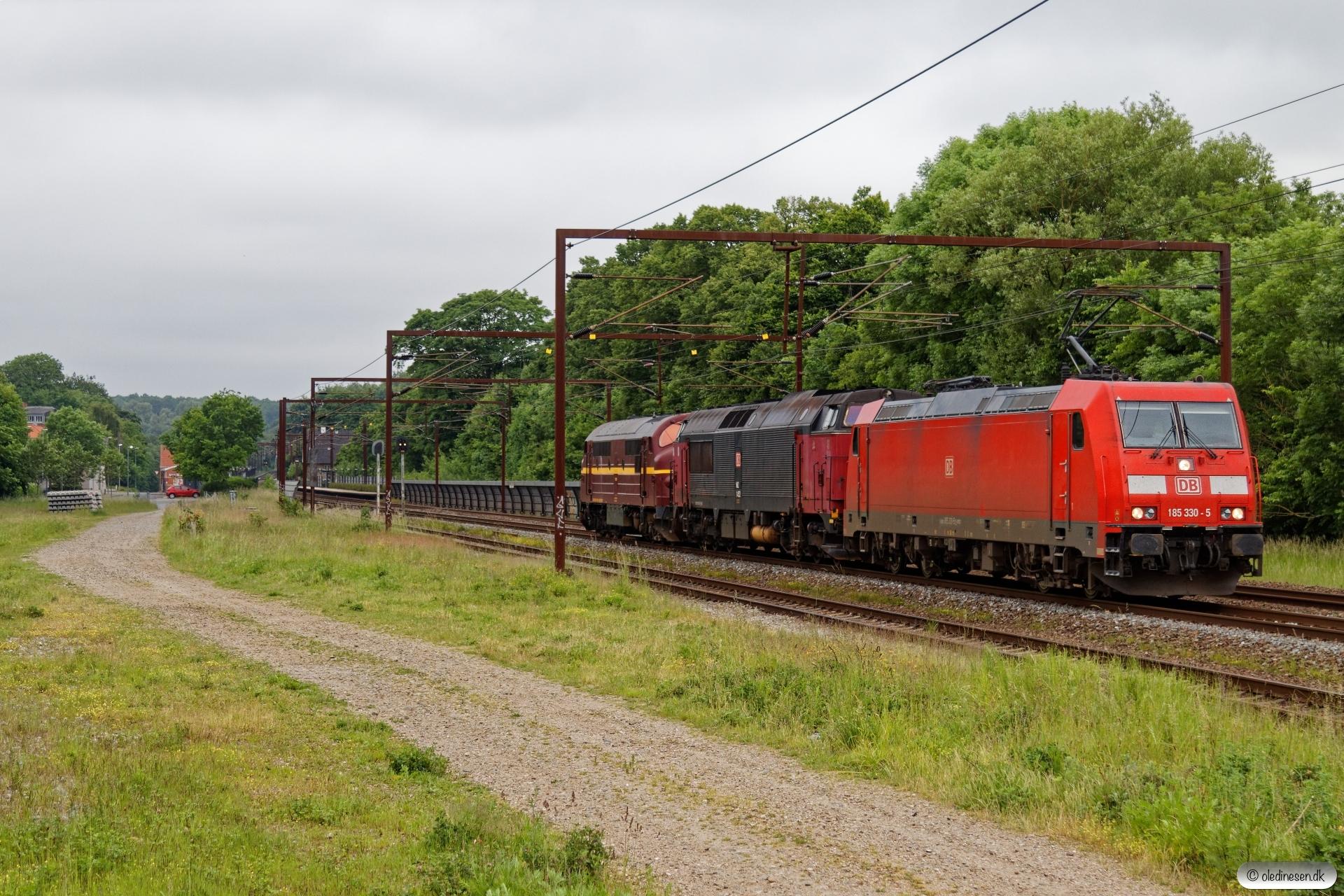 DB 185 330-5+DBCSC MZ 1452+CFLCD MX 1029 solo som GM 56236 Fa-Htå. Årup 13.06.2020.