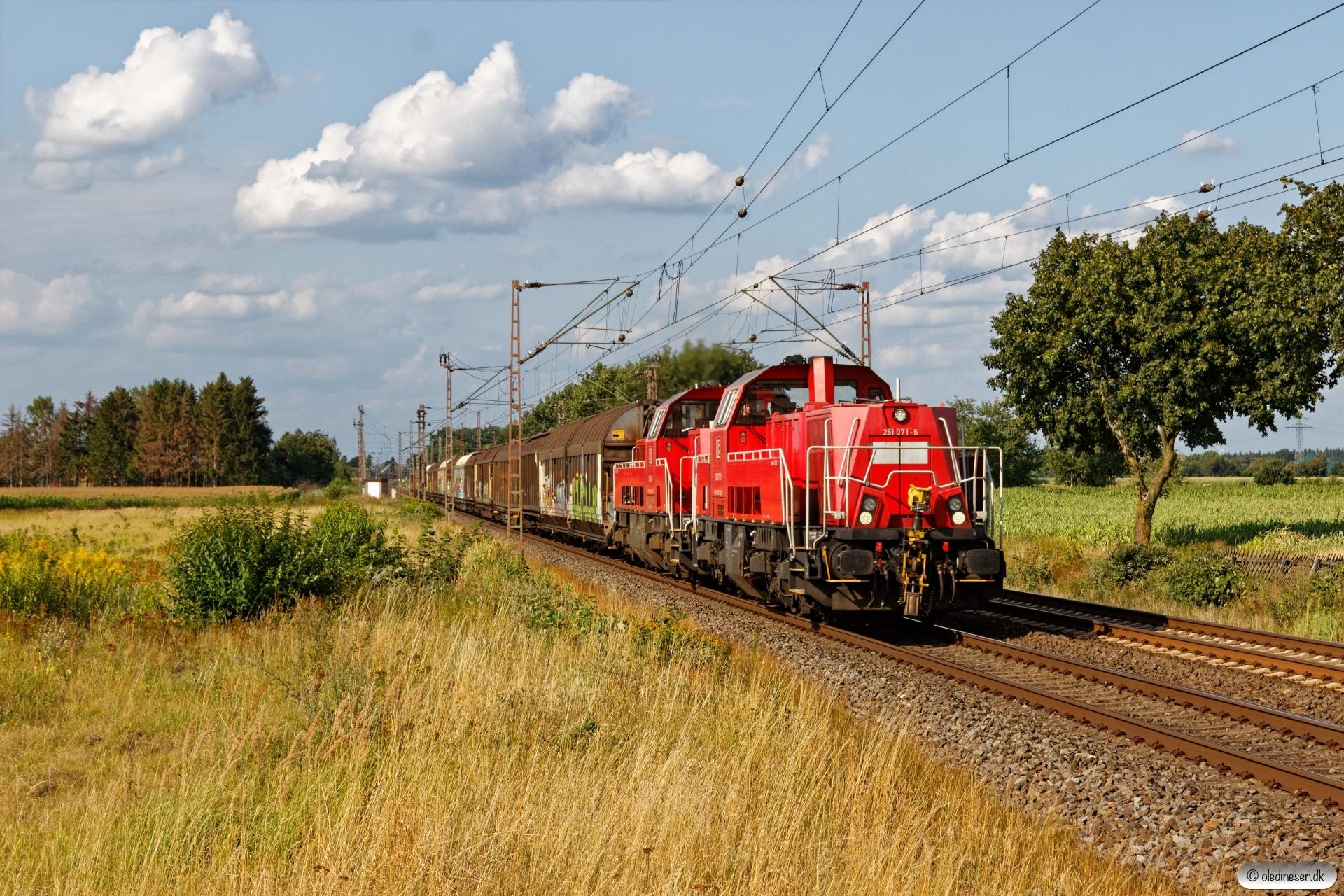 DB 261 071-5+265 010-9. Dörverden - Eystrup 14.08.2019.
