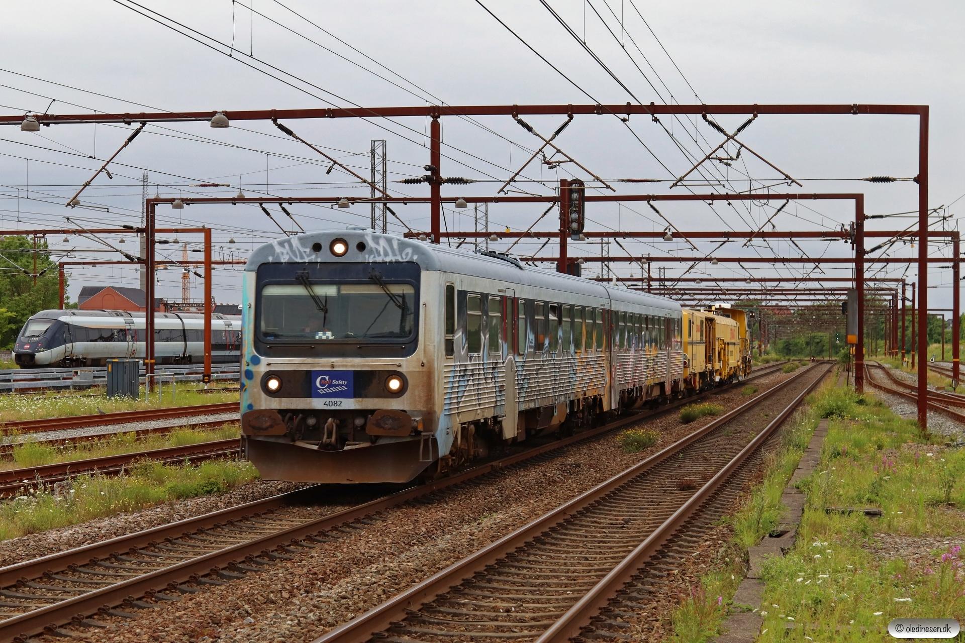 CRSA MR/D 82+2 BRS arbejdskøretøjer som EE 6154 Vj-Kø. Odense 23.07.2020.