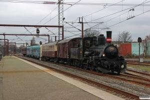 DSB K 563+G 40033+BU 3702+MR/D 12+CC 1132 som VM 220002 Fa-Od. Odense 29.12.2015.