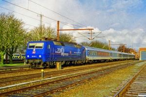 DB 120 151-6 med lokalvognene til IP 2183 Fa-Hannover Hbf. Padborg 07.02.1999.