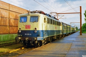 DB 110 259-9+ABn+BDms+110 376-1 som RE 35094 Flensburg-Pa. Padborg 20.08.1999.