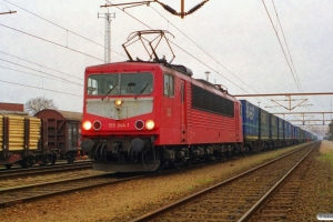 DB 155 044-1 med GD 43761. Padborg 19.04.2000.