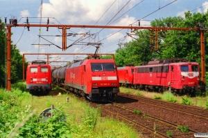 DB 140 465-6, 152 065-9 og 140 097-7. Padborg 29.06.2001.