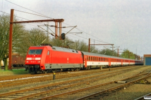 DB 101 142-8+6 CD Bmz+WRmz+Ampz som EC 175. Padborg 25.04.2003.