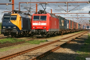 RSC EG 3106 med GD 44715 Mgb-Pa, DB 185 114-6 med GD 42733 og DSB MR/D 36 som RV 2328 Pa-Fa. Padborg 14.08.2008.