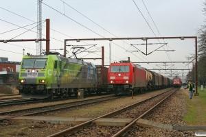 DB 185 152-6 med GK 40001, DB 185 321-7 med G 44787 og DB 101 116-2 med CNL 1273. Padborg 06.02.2009.