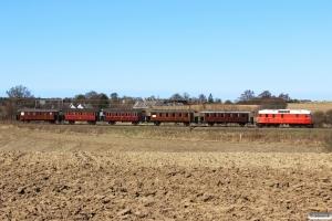 HHJ DL 11+HHJ C 25+OMB C 16+RGGJ C 3+FFJ C 72+TKVJ C 21 som VM 228201 Lk-Od. Km 166,0 Kh (Odense-Holmstrup) 20.04.2013.