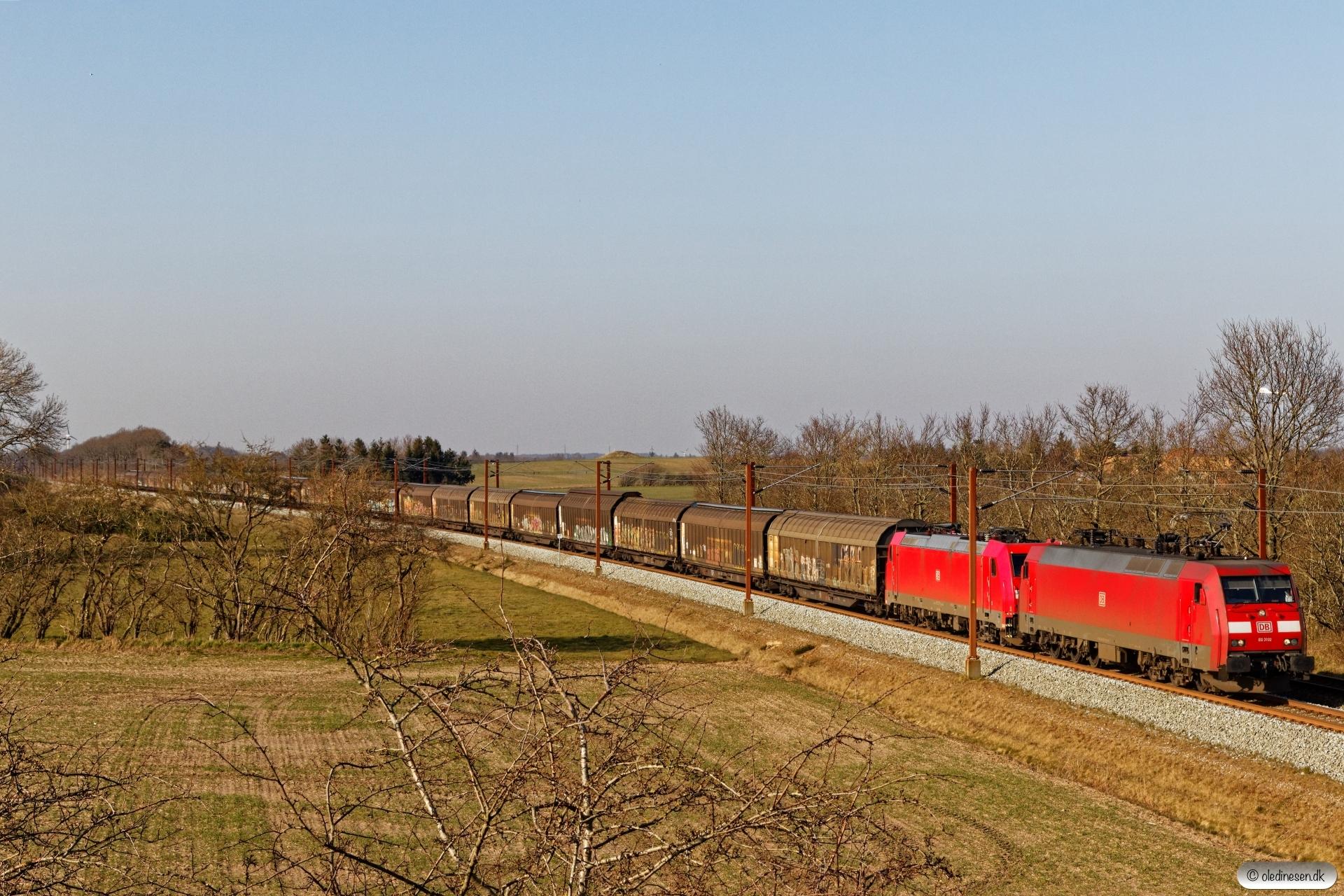 DBCSC EG 3102+DB 185 327-1 med GS 44729 Mgb-Pa. Km 54,4 Fa (Sommersted-Vojens) 05.04.2020.