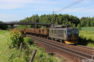 CN El14.2180 med GT 73601. Mjölby - Boxholm 08.06.2013.