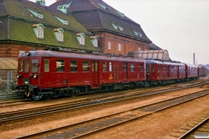 DSB MO 1881+MO 1835+FSF 31 (ex. CLE)+FSF 01 (ex. Bgh). Odense 17.04.1988.
