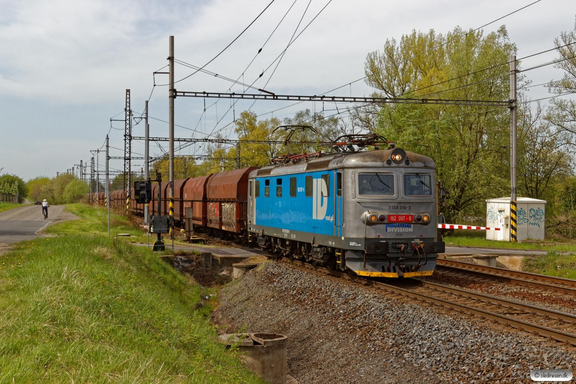 ID 182 097-6+29 Fals. Petrovice u Karviné (Tjekkiet) 26.04.2019 kl. 14.19½.