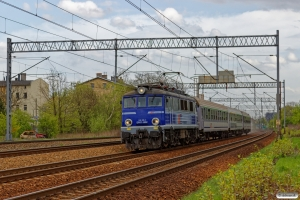 PKPIC EP07-1052 med TLK 45102. Szobiszowice 24.04.2019 kl. 16.17.