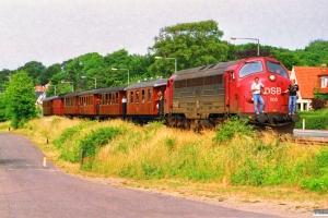 DSB MY 1105+OKMJ A 10+KS C 3+OMB C 16+HTJ C 24+FFJ C 72+HHJ C 25 som Rangertræk Sb-Md. Strib - Middelfart 04.07.1992.