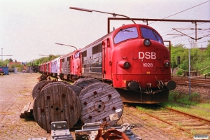 DSB MX 1028, MX 1042, MX 1021, MX 1032, MX 1027 og MX 1007 hensat. Vigerslev 02.05.1993.