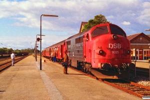 DSB MX 1025+BD 005+B 158+A 001 som P 8013 Va-Tr. Varde 18.09.1993.