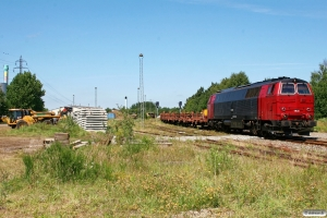 NEG MZ 1439+læssede skinnevogne. Tønder 27.06.2011.