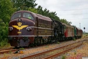 DSB MY 1104+E 987+P 812+MT 152+AU 253+CLE 1672. Tønder 20.06.2009.