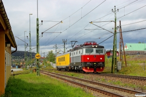 TÅGAB Rc6 1325+INFRA IMV200 som TJT 31257. Östersund 11.06.2015.