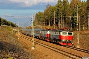 SSRT Rc6 1335+Rc6 1329 med RST 3994. Bomansberget - Gävle 01.05.2016.