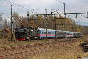 SJ Rc6 1366 med RST 236. Åby 01.05.2016.