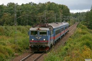 SJ Rc6 1374 med RST 325. Rydaholm - Alvesta 29.08.2009.