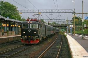 SJ Rc6 1397 med RST 204. Nässjö 12.09.2010.