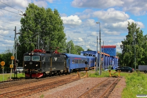 SJ Rc6 1404 med RST 42. Mora 12.06.2013.