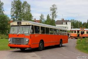 Bus Jö 0616 og SJ URYp 1793. Triabo 14.06.2014.