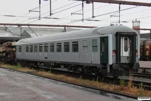 DB Bcmkh240 63 80 99-40 124-9 (ledsagervogn for militært personel). Fredericia 26.06.2014.