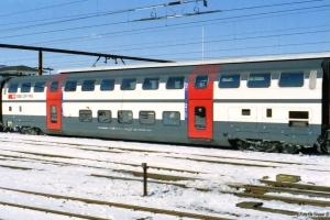 SBB 50 85 26-94 065-7 i IC 828. Odense 20.03.2001.