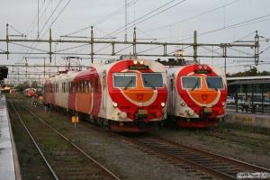 X14 3236 og X14 3223. Norrköping 29.08.2011.