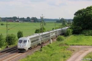 SJ X2 som RST 442. Väring - Moholm 11.06.2014.