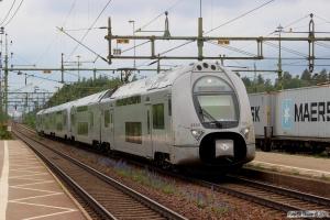 SJ X40 3310+X40 3326 som RST 180. Laxå 11.06.2014.