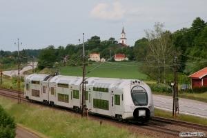 SJ X40 3336 som RST 225. Gistad - Linghem 07.06.2012.
