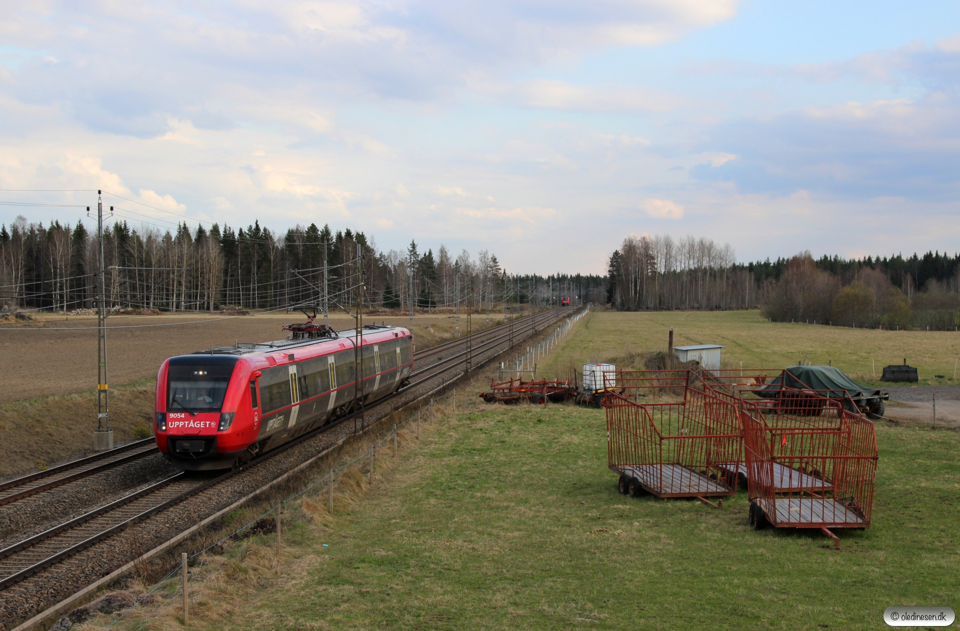 X50 9054 som RST 8460. Skärpan - Tierp 01.05.2016.