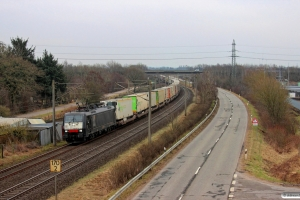 TXL E 189 916 med DGS 40562. Flensburg-Weiche 14.04.2013.