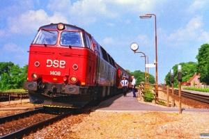 DSB MZ 1408+B 043+B 094 som P 2753 Od-Fa. Holmstrup 17.06.1988.