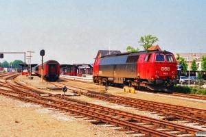DSB MZ 1428 løber om på P 6321 Kh-Sl. Silkeborg 04.07.1991.