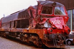 DSB MZ 1437 - Skadet i Roskilde 28/12-92. Århus 17.04.1993.