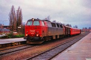 DSB MZ 1403+Gs+S-tog+Gs som G 6860 Rd-Htå. Nyborg 11.12.1993.