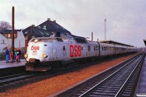 DSB MA 463+MA 460 som L 124 Str-Kh. Odense 27.01.1990.