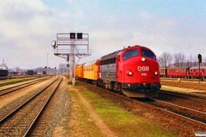 DSB MY 1135+hjælpetog til Nyborg. Odense 31.03.1989.