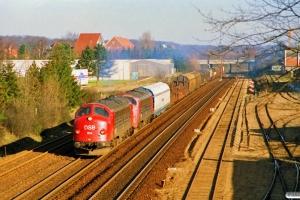 DSB MY 1104+MY 1142 med G 6171 Od-Fa. Odense 18.02.1990.
