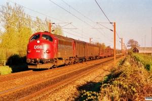 DSB MY 1114 med M 87161 Ng-Od. Km 25,1 Ng (Marslev-Odense) 09.04.1990.