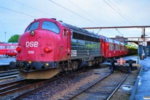 DSB MZ 1420+8 Bn+ABns+MY 1139 som P 8170 Re-Ngf. Odense 01.07.1990.