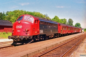 DSB MY 1154+Bn-v+Bn+ABns som Re 2445 Ro-Næ. Herfølge 05.07.1991.