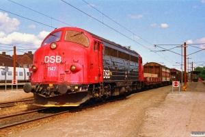 DSB MY 1147 med G 7753 Gb-Hr. Ringsted 03.07.1992.