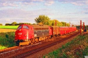 DSB MY 1121+Gs+S-tog+Gs som G 6851 Htå-Ar. Snoghøj 28.08.1993.