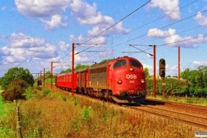 DSB MY 1142+Gs+S-tog+Gs som G 6860 Ar-Htå. Km 24,2 Ng (Marslev-Odense) 04.09.1993.